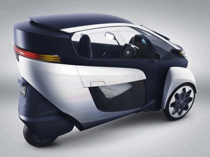 2013 Toyota i-Road concept 3