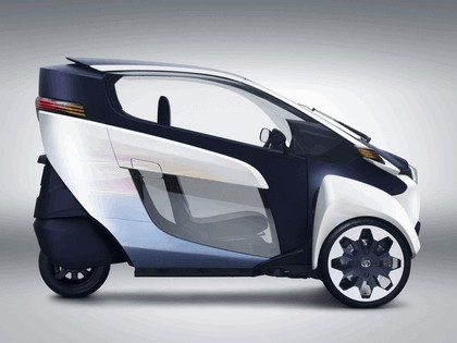 2013 Toyota i-Road concept 5