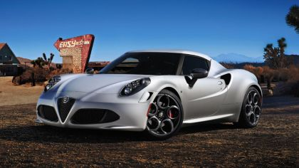 2013 Alfa Romeo 4C Launch Edition 3