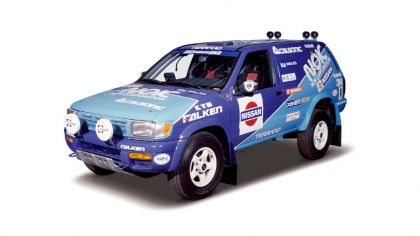 1995 Nissan Terrano ( R50 ) rally car 4
