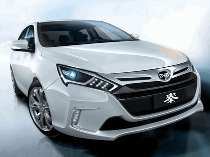 2013 Byd Qin concept 3