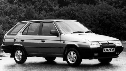 1993 Skoda Favorit Estate Silverline ( Type-785 ) - UK version 5