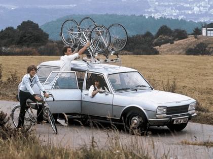 1970 Peugeot 504 break 2