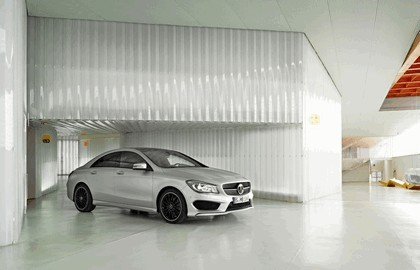 2013 Mercedes-Benz CLA250 Edition 1 19