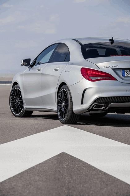 2013 Mercedes-Benz CLA250 Edition 1 33