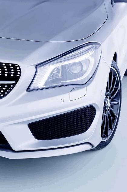 2013 Mercedes-Benz CLA250 Edition 1 44
