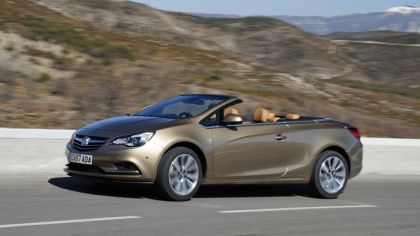 2013 Vauxhall Cascada 6