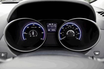 2013 Hyundai ix35 - UK version 72