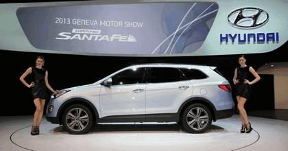 2013 Hyundai Grand Santa Fe 3