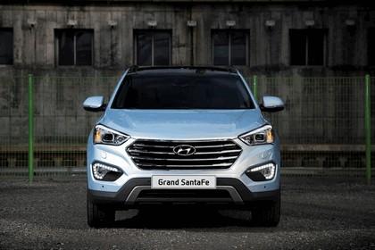 2013 Hyundai Grand Santa Fe 7