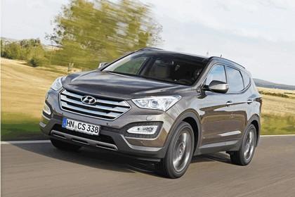 2013 Hyundai Grand Santa Fe 15