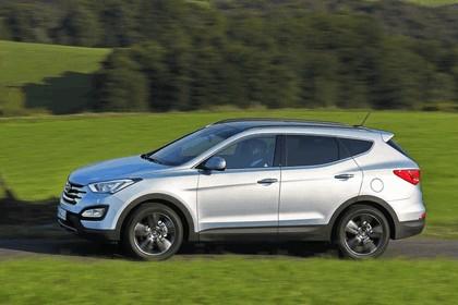 2013 Hyundai Grand Santa Fe 19