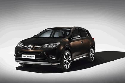 2013 Toyota RAV4 Premium by Design Studies 2