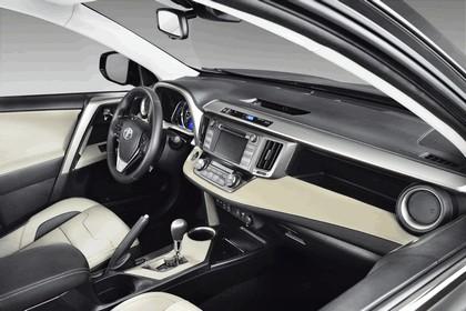 2013 Toyota RAV4 Premium by Design Studies 7