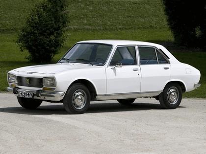 1968 Peugeot 504 2