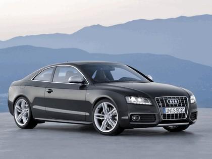 2007 Audi S5 1