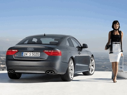 2007 Audi S5 13