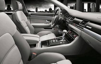2007 Audi S8 2