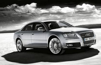 2007 Audi S8 3