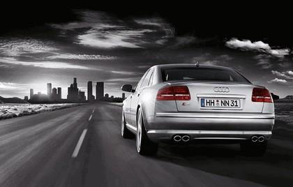 2007 Audi S8 6