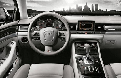 2007 Audi S8 7