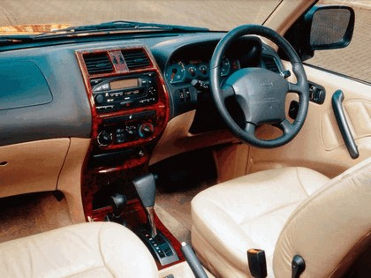 1996 Nissan Terrano II ( R20 ) 5-door - UK version 2