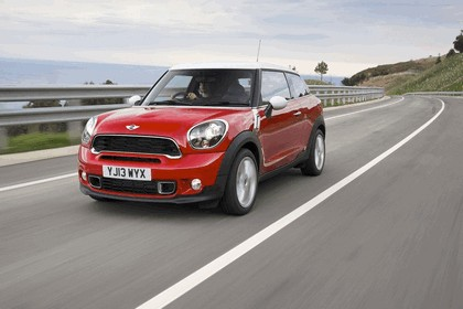 2013 Mini Paceman Cooper S - UK version 16