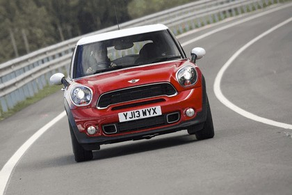 2013 Mini Paceman Cooper S - UK version 32