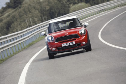 2013 Mini Paceman Cooper S - UK version 34