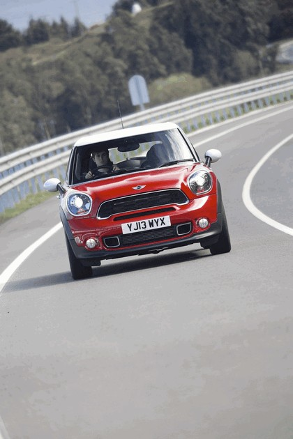 2013 Mini Paceman Cooper S - UK version 37