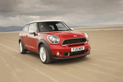 2013 Mini Paceman Cooper S - UK version 52