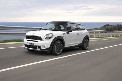 2013 Mini Paceman Cooper S - UK version 109