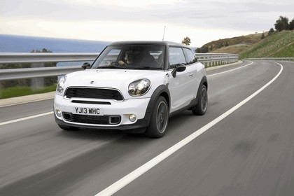2013 Mini Paceman Cooper S - UK version 111