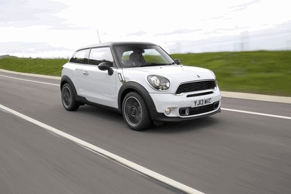 2013 Mini Paceman Cooper S - UK version 125
