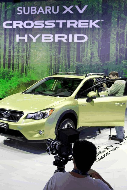 2013 Subaru XV Crosstrek Hybrid - USA version 21
