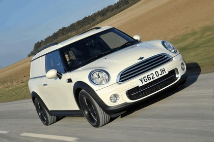 2013 Mini Clubvan Cooper D - UK version 4