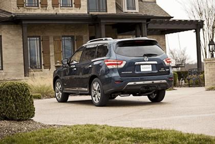2014 Nissan Pathfinder Hybrid 9