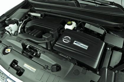 2014 Nissan Pathfinder Hybrid 16