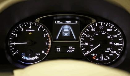 2014 Nissan Pathfinder Hybrid 22