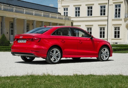 2013 Audi A3 sedan 32