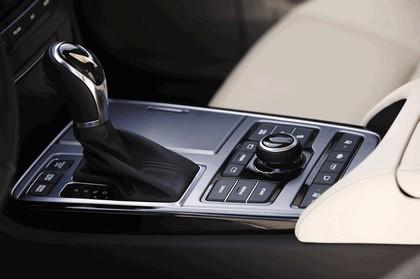 2014 Hyundai Equus 24