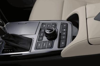 2014 Hyundai Equus 25