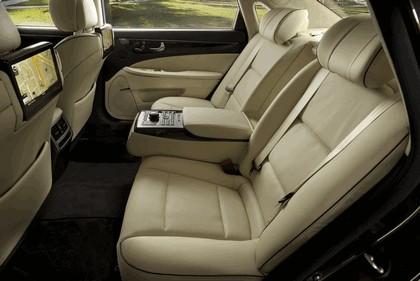 2014 Hyundai Equus 27