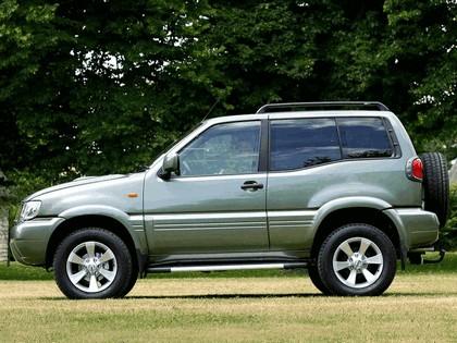 1999 Nissan Terrano II ( R20 ) 3-door - UK version 2