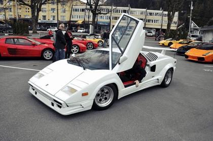 1988 Lamborghini Countach 25th Anniversary 18