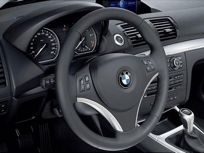 2007 BMW 120i 3-door 38