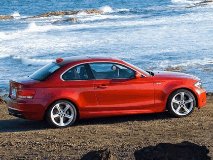 2007 BMW 135i coupé 13