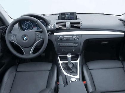 2007 BMW 135i coupé 18
