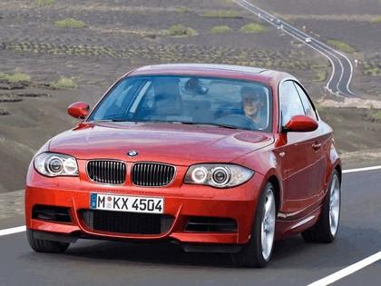 2007 BMW 135i coupé 22