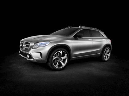 2013 Mercedes-Benz GLA concept 8